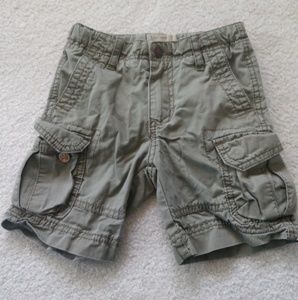Super cute 3t Authentic LuckyBrand Cargo Shorts